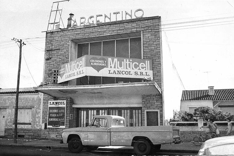 El Cine Argentino, de 510 butacas, se hallaba en Alvarado 2164.
