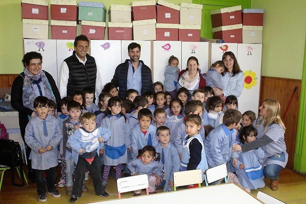 Massa y echarren realizaron actividades en castelli for Leccion jardin infantes 2016