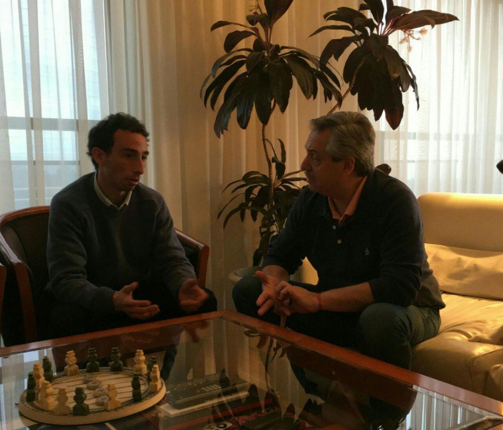 El marplatense Damián Amado junto al ex jefe de Gabinete, Alberto Fernández.