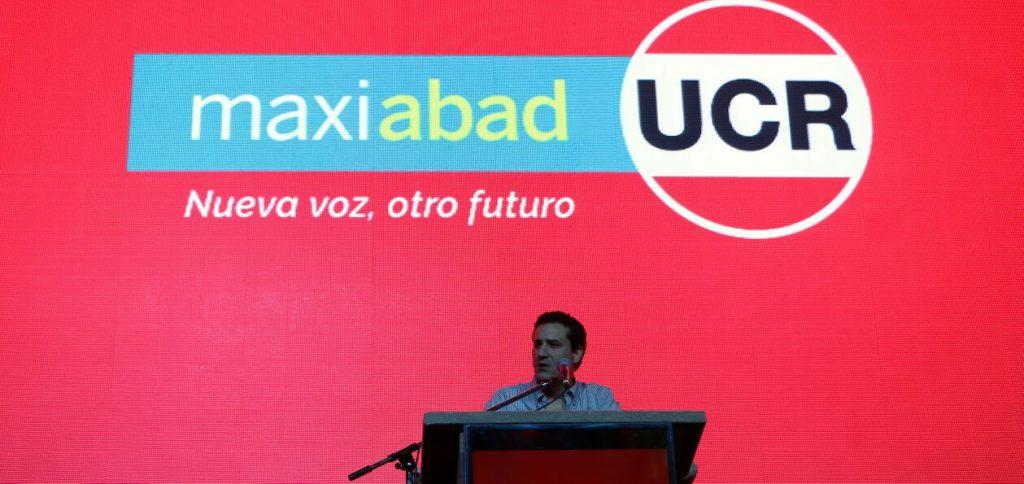 El diputado provincial Maximiliano Abad, durante el acto realizado en Mar del Plata.