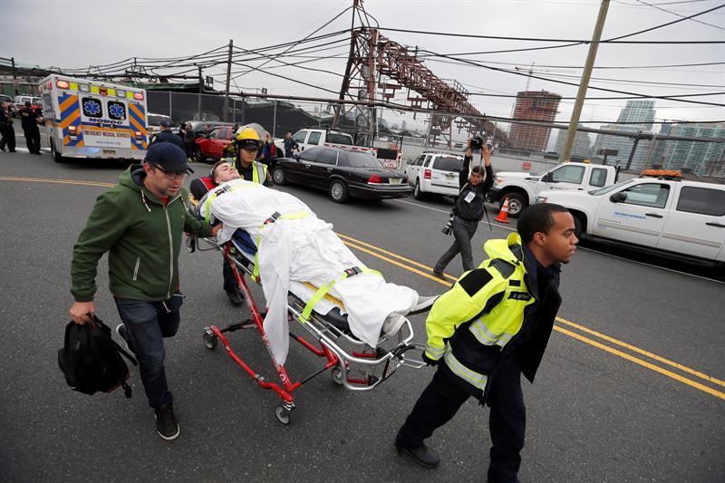 Accidente de tren en Hoboken deja 3 muertos y ola de heridos
