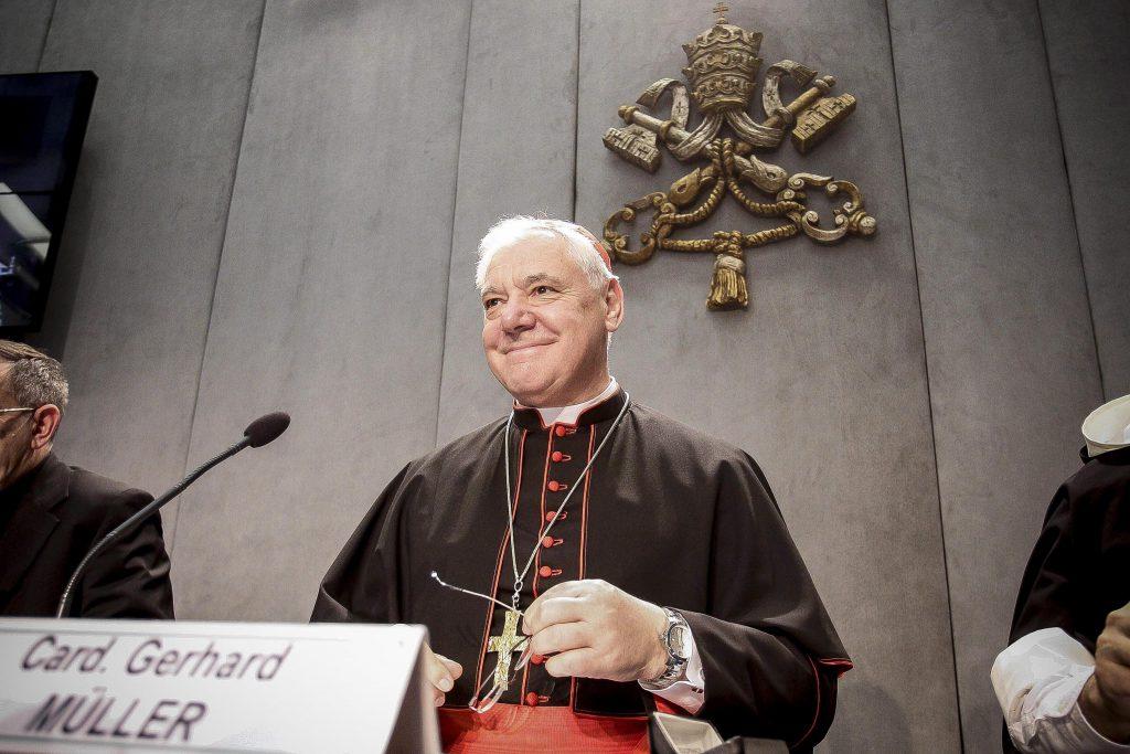 La Iglesia católica prohíbe esparcir las cenizas de los muertos