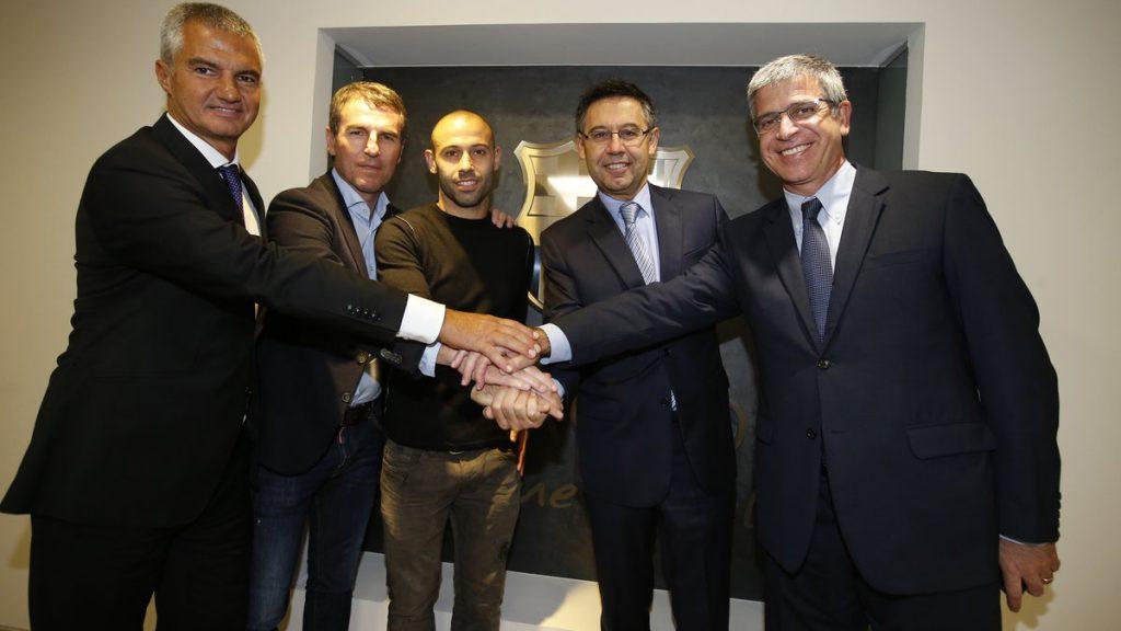 Javier Mascherano renovó su contrato hasta el 2019 — Barcelona