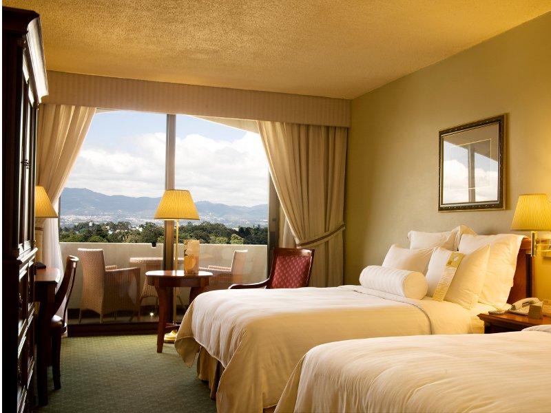 El 40 de lo que usted paga en un hotel o restaurante son for Ver habitaciones de hoteles