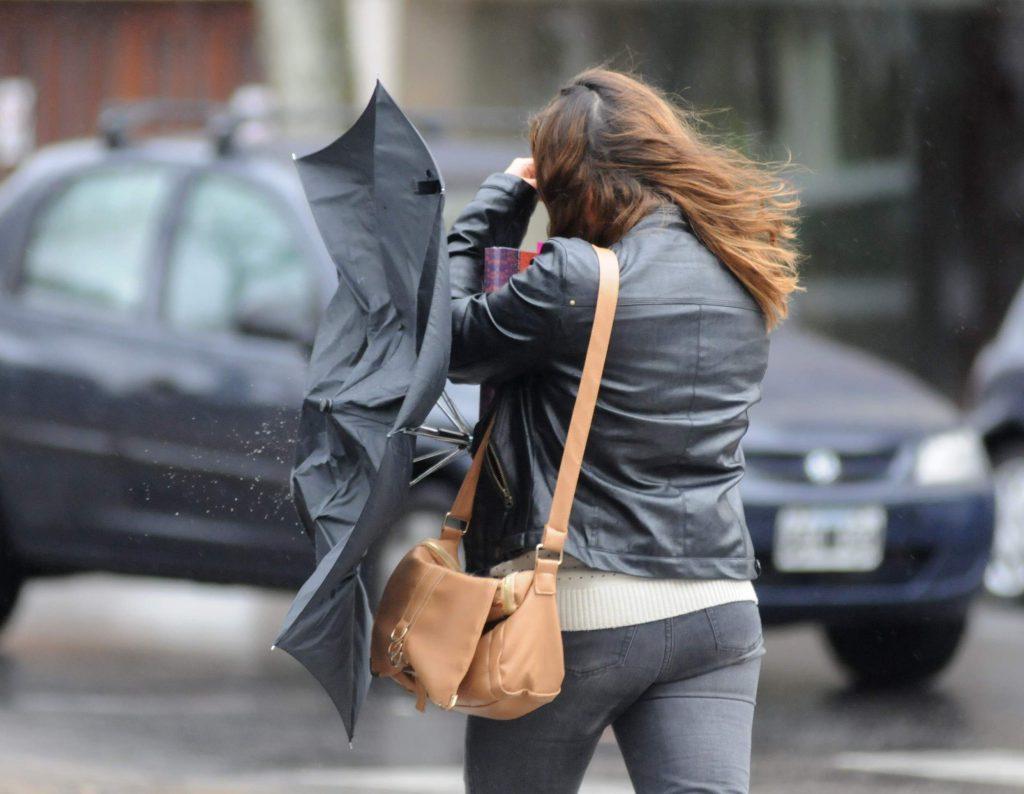 Sigue el alerta por vientos intensos en Mar del Plata