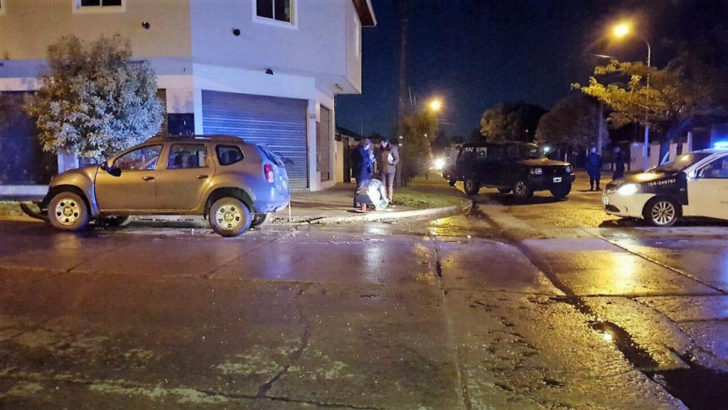 Chocaron Dos Camionetas Atropellaron A Un Joven Que Est