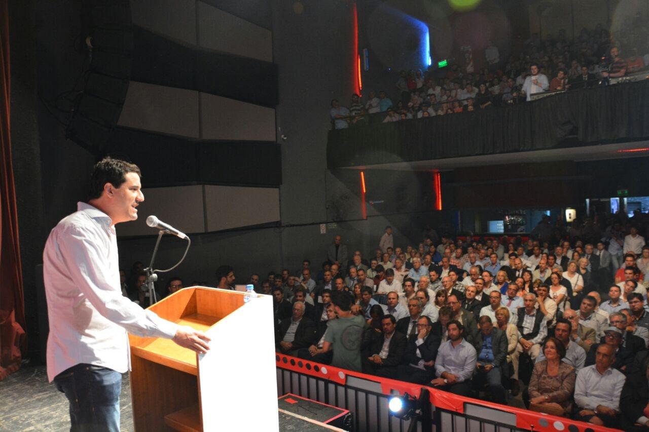 El marplatense Maxi Abad, diputado provincial de Cambiemos, asumió como secretario general del comité Provincia de la Unión Cívica Radical.