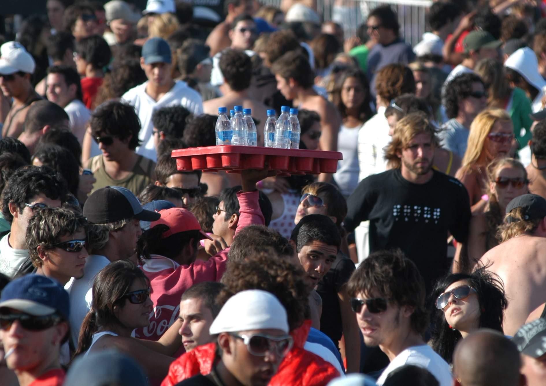 No habrá más fiestas electrónicas en Mar del Plata, a partir de la suspensión decidida por el intendente Carlos Arroyo.