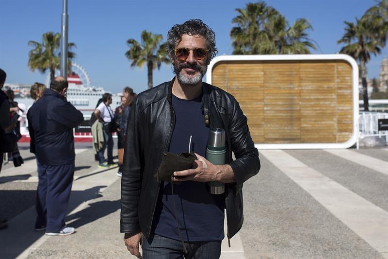 Antonio Banderas confiesa que sufrió un ataque al corazón, pero en enero