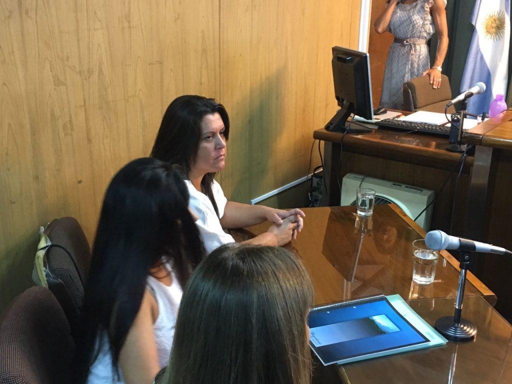 Piden 24 años de prisión para una docente acusada de abuso sexual