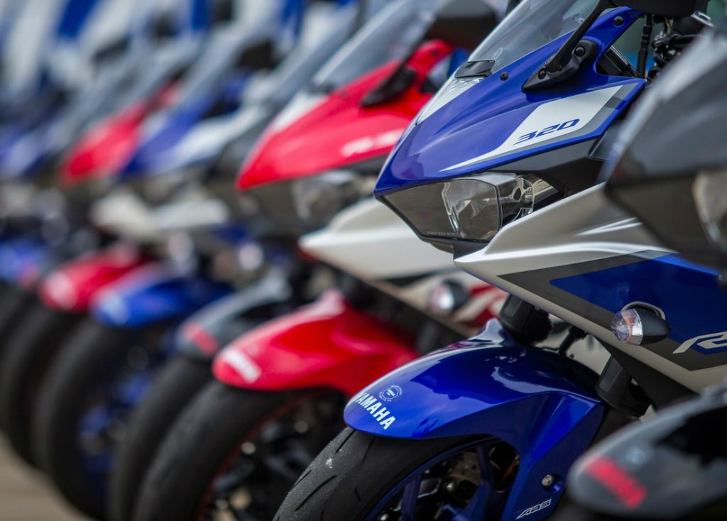 Gobierno firmó con empresarios y gremios acuerdo de productividad para las motos