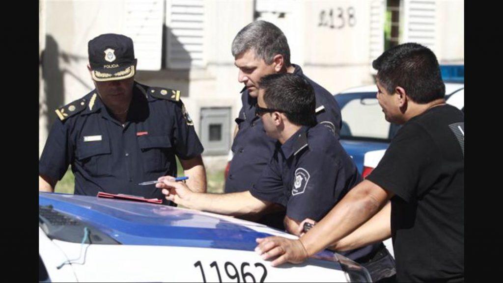 Otra mala para la Policía: un Comisario mayor, detenido por coimas