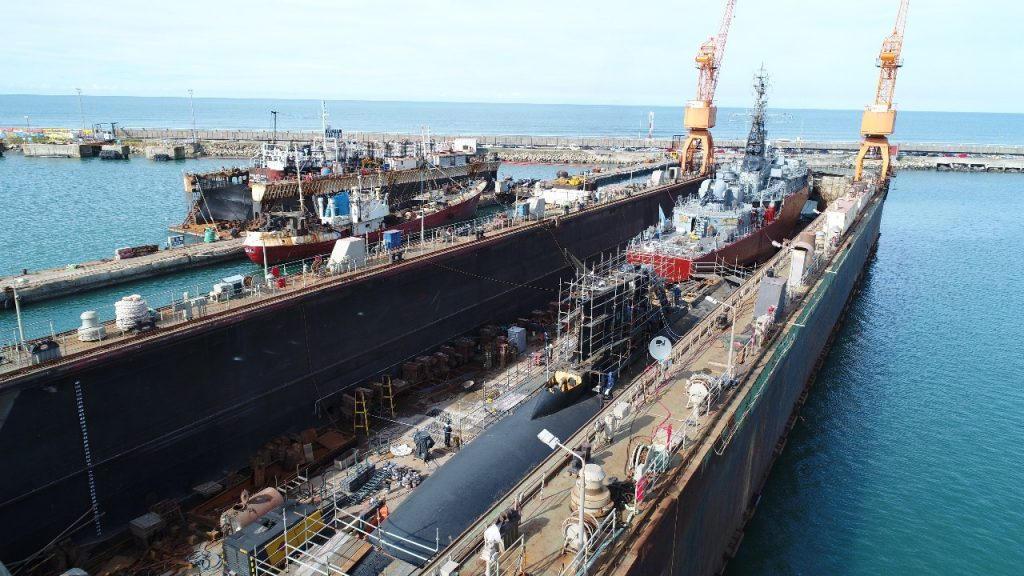 Resultado de imagen para Reparan submarino en astillero de Mar del Plata