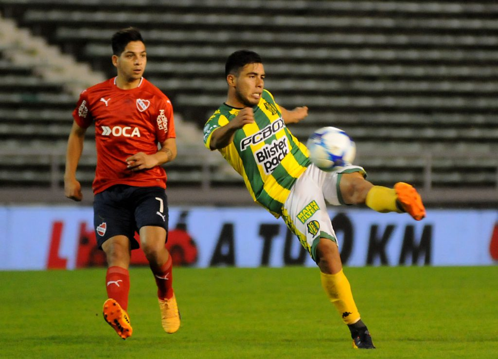 Aldosivi juega con Central Córdoba de Rosario