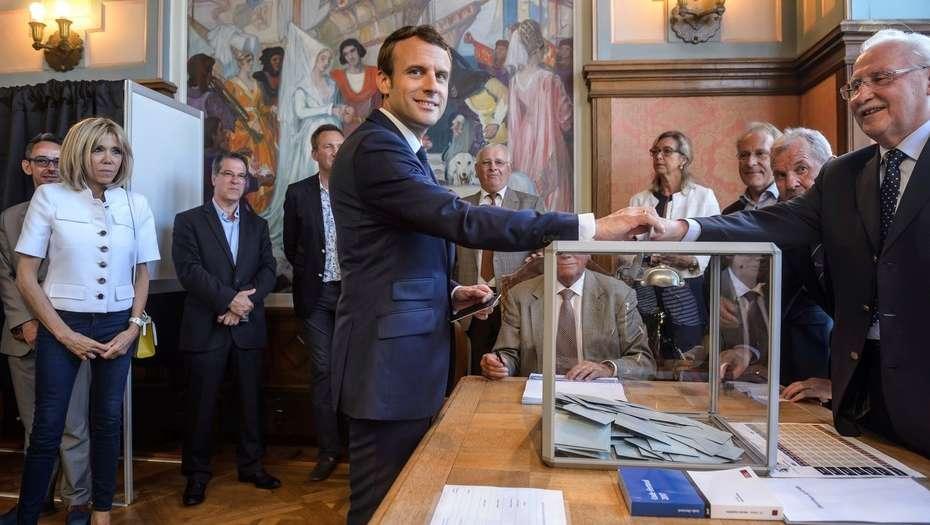 La participación en las legislativas francesas sube al 40,75 % a media tarde