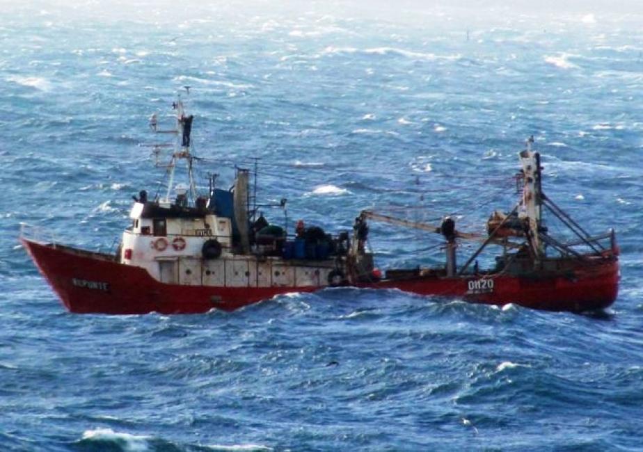 Se hundió un buque pesquero en Rawson: un muerto y nueve desaparecidos