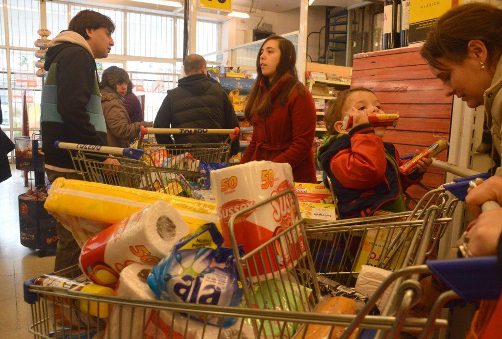 Otra vez los supermercados repletos por el descuento del Banco Provincia