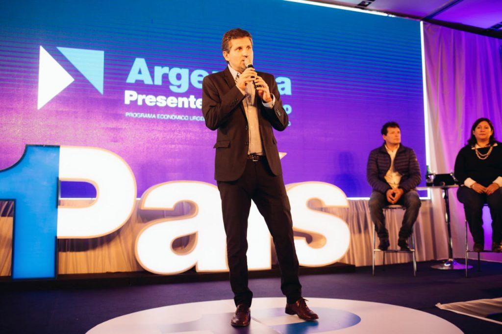 Spot y programa de economía en Mar del Plata — Massa
