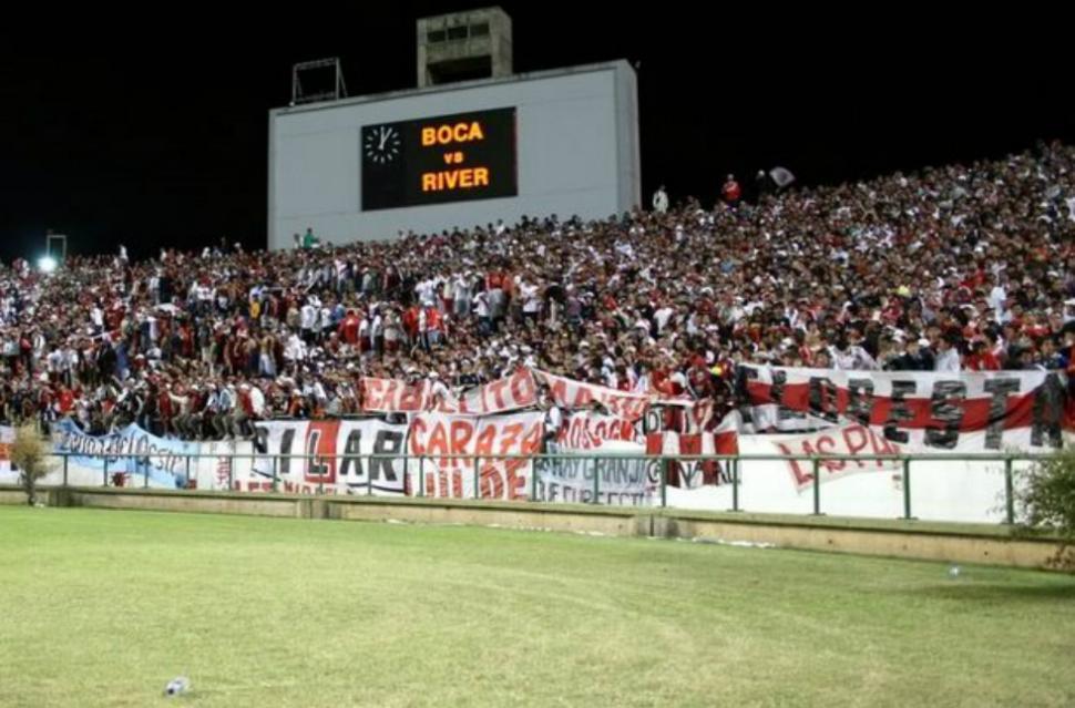 Santos Borré debutó oficialmente con River Plate y tuvo una buena actuación