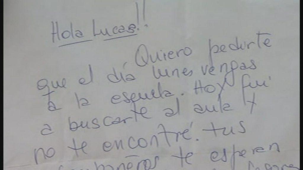 Maestra se burló de un alumno delante de toda la escuela