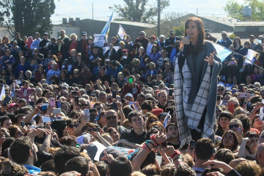 Desde Mar del Plata, CFK le apuntó al Gobierno por la desocupación