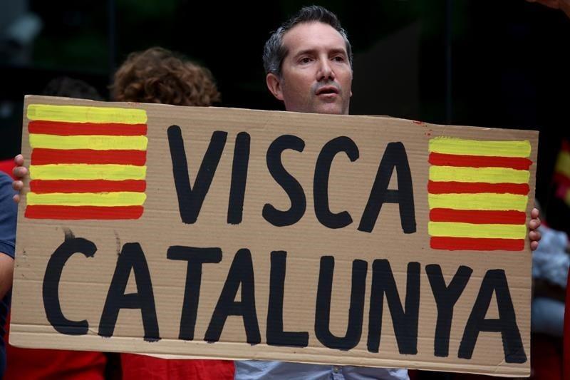 Declaración de independencia de Cataluña no será reconocida, dice Francia