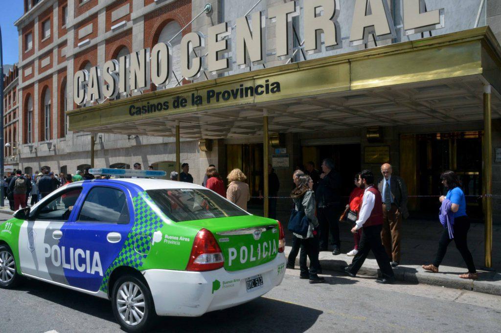 El Casino tuvo que ser evacuado por una amenaza de bomba.