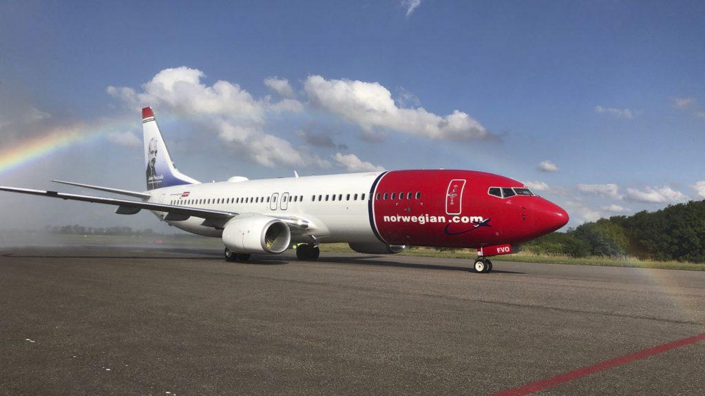 Llegó el primer avión de la low cost Norwegian Air — Ezeiza