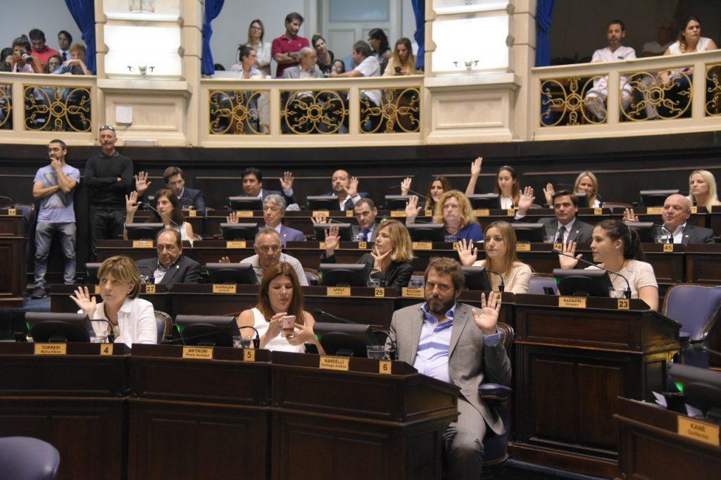 Guiño del PJ al Gobierno por el proyecto de tarifas — Senado