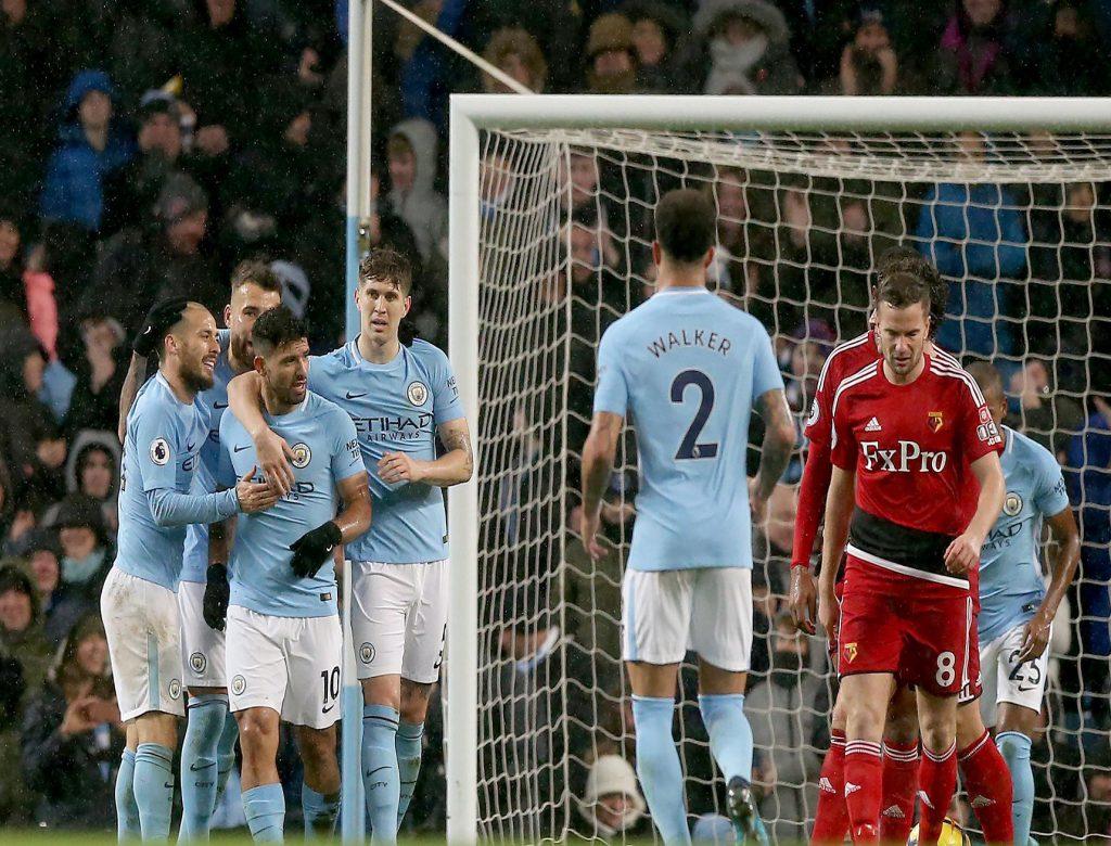 Manchester City derrota 2-1 al Bristol