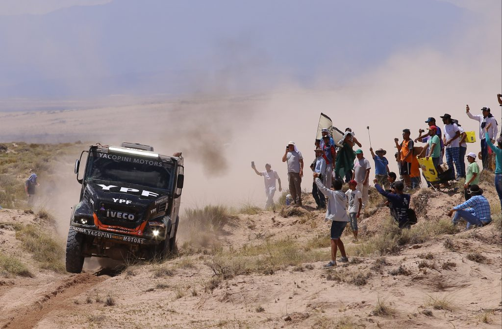 Dmitry Sotnikov dominó y Villagra quedó segundo — Dakar
