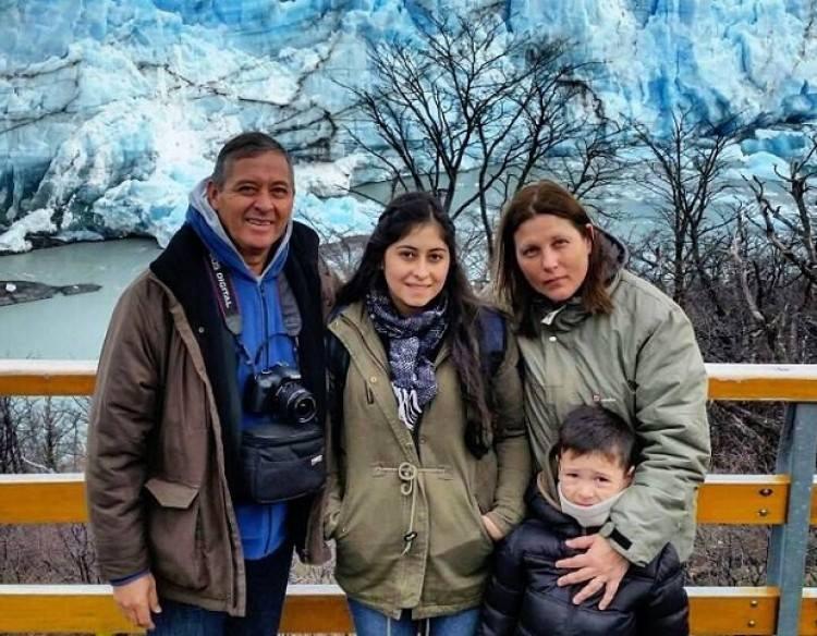 Arroyo, Gatzewitz y sus dos hijos.