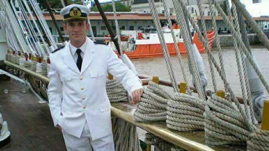 Casi se ahogan las hijas de un submarinista del ARA San Juan