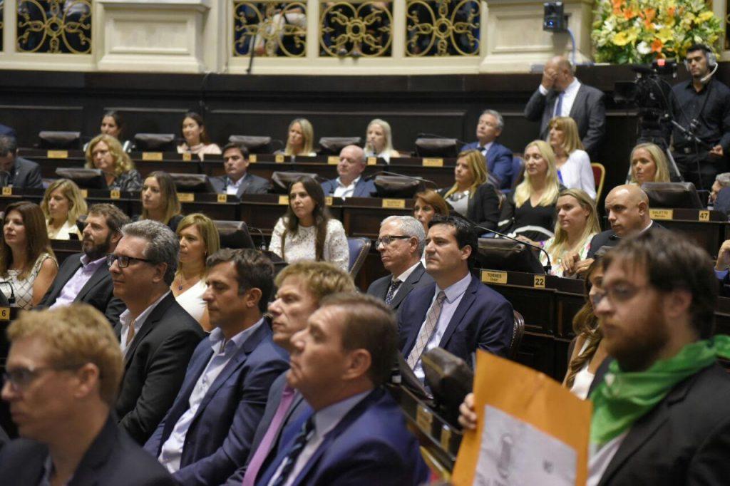 El Gobierno bonaerense pidió a los gremios reveer su decisión