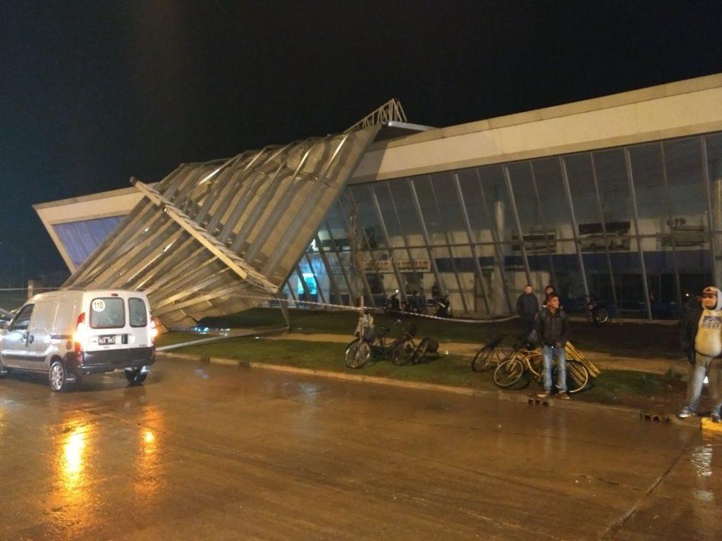 Temporal en Miramar dejó sin techo a la terminal