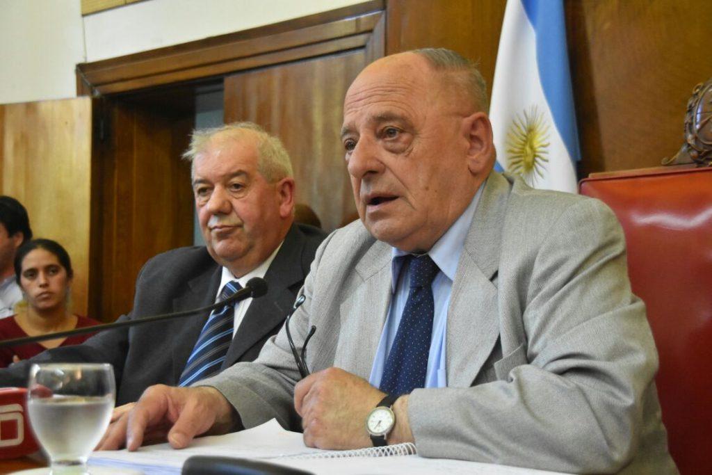 ¿Un intendente y un ministro a las