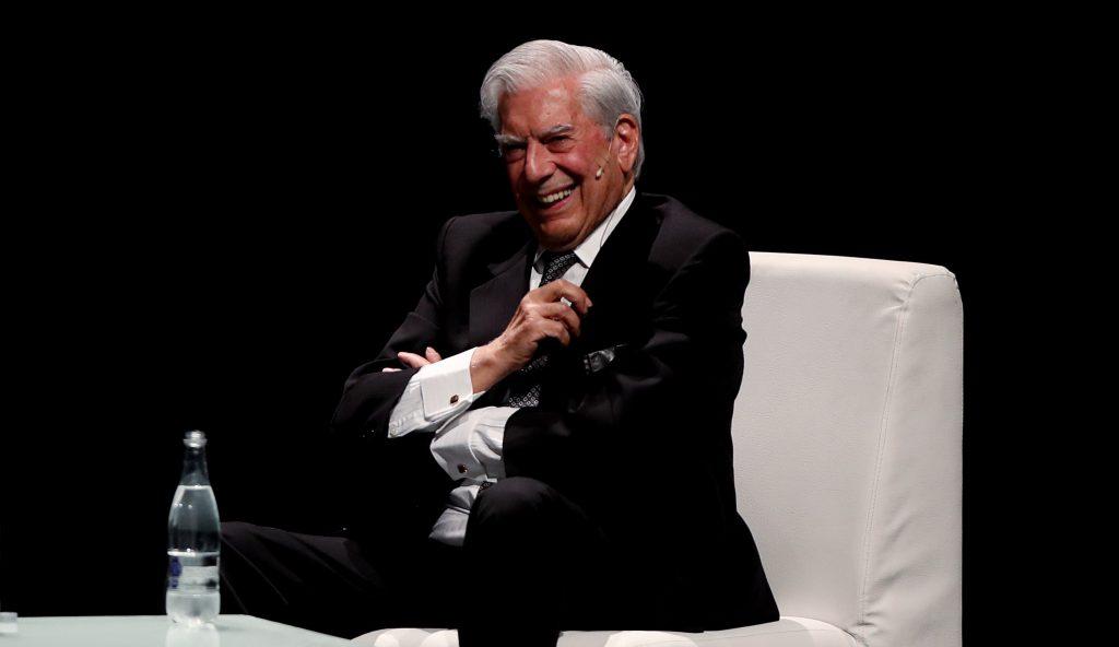 Presidente Medina deja inaugurada Feria Internacional del libro