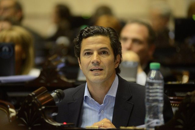 La oposición busca consenso en el Congreso — Tarifas