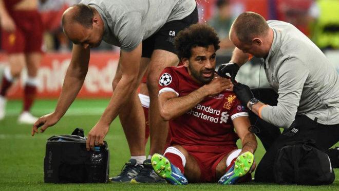 Salah, entre lágrimas, salió lesionado de la final
