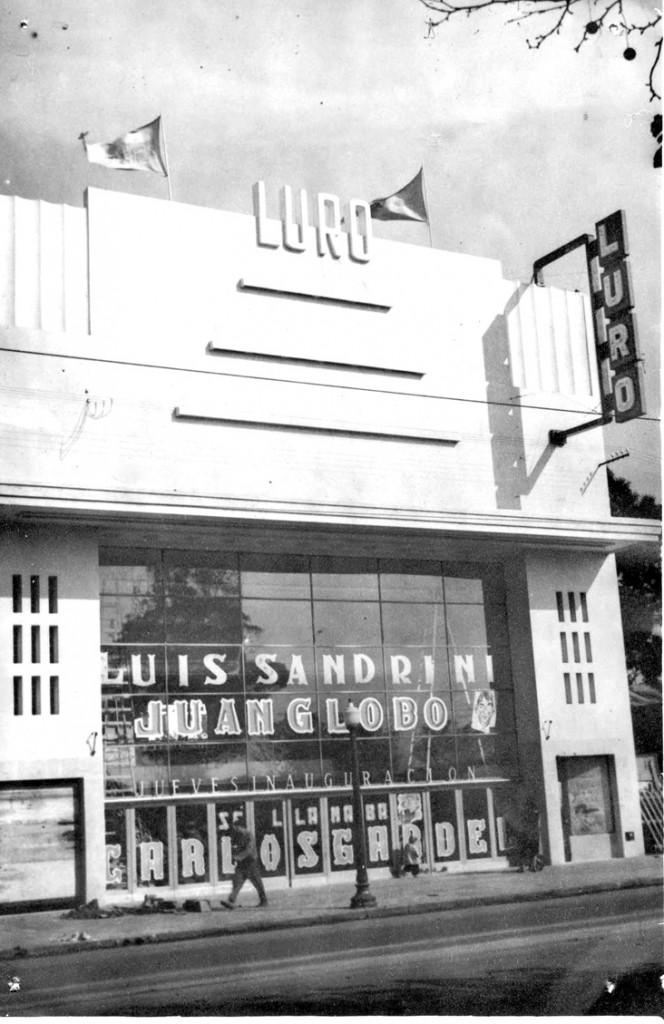 El Cine Luro de Avenida Luro 4450 en sus buenos tiempos. En el edificio están realizando obras actualmente.