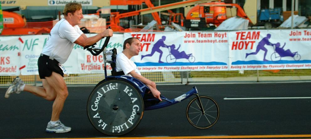 Discapacitado en silla de ruedas - 5 9