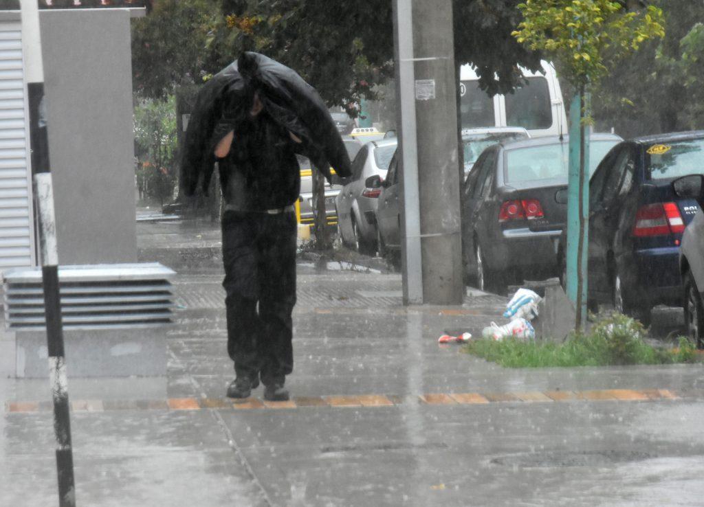 Fuertes tormentas, actividad eléctrica y caída de granizo — Alerta meteorológica