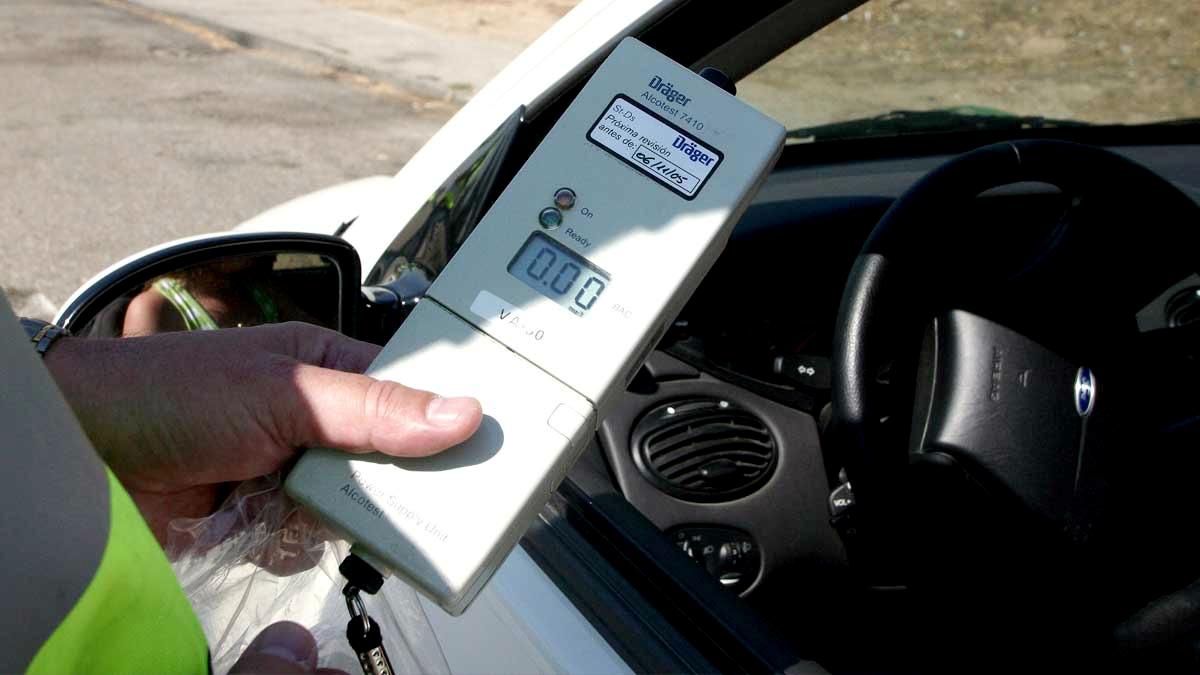"""Según una encuesta, 8 de cada 10 conductores aprueban el """"alcohol cero"""" al conducir"""
