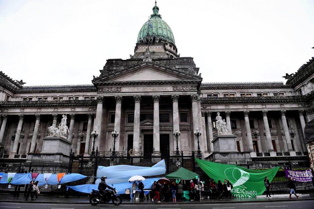 El Senado vota sobre el aborto en una sesión histórica « Diario La ...