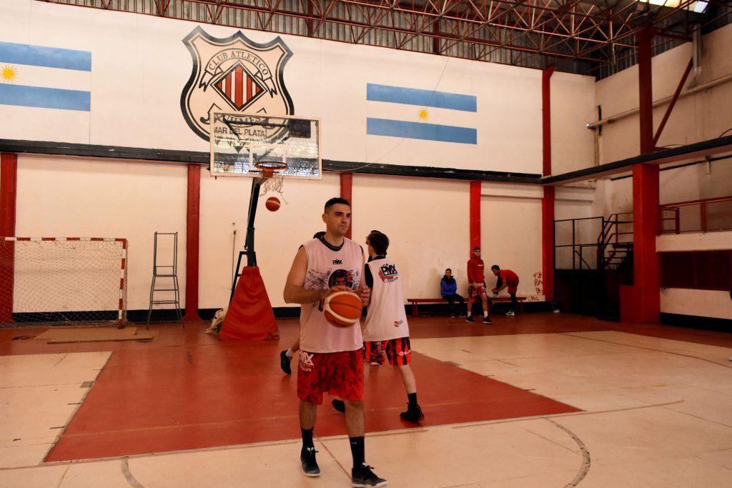 Lucas Ortíz, uno que volvió a Quilmes.