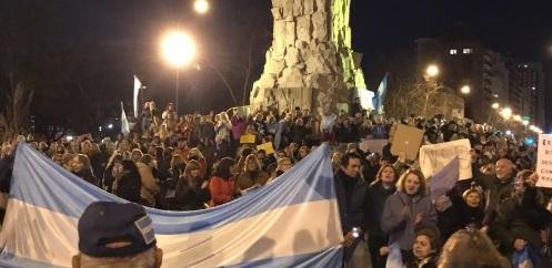 Concurrida manifestación para pedir desafuero de Cristina Kirchner