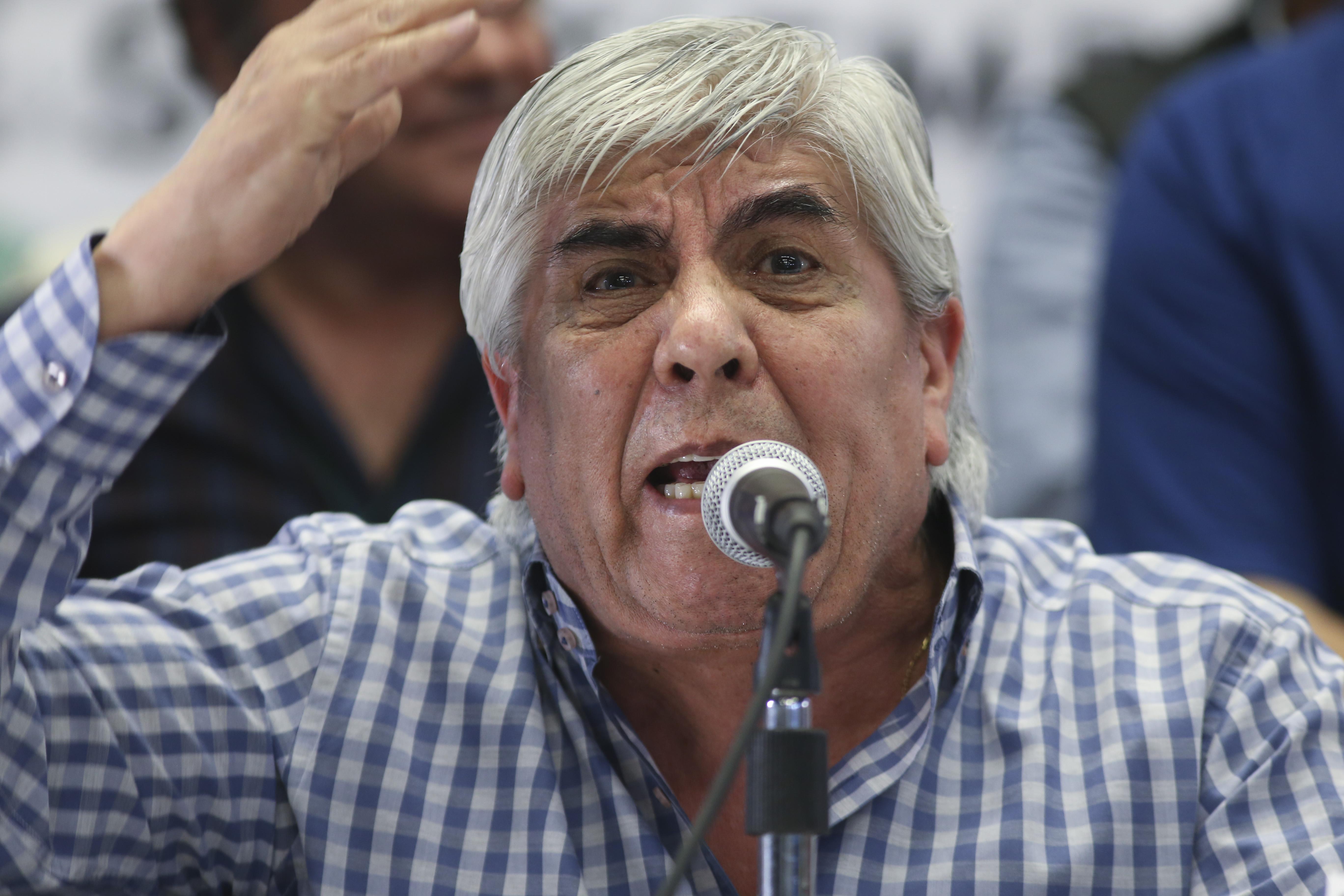 """Moyano llamó a la unidad para """"terminar con las  políticas del gobierno de Macri"""""""