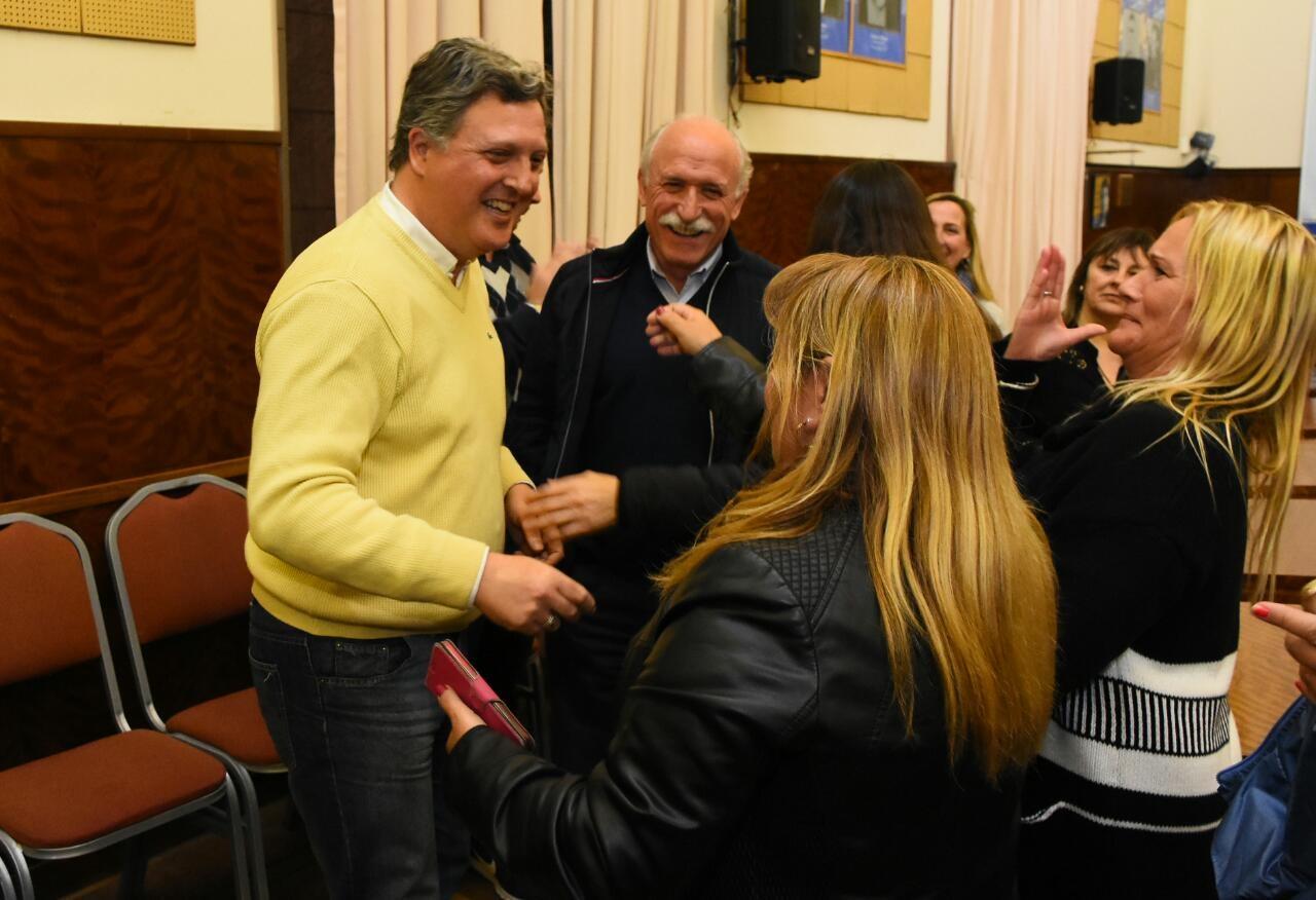 Rizzi ganó y seguirá como Defensor del Pueblo
