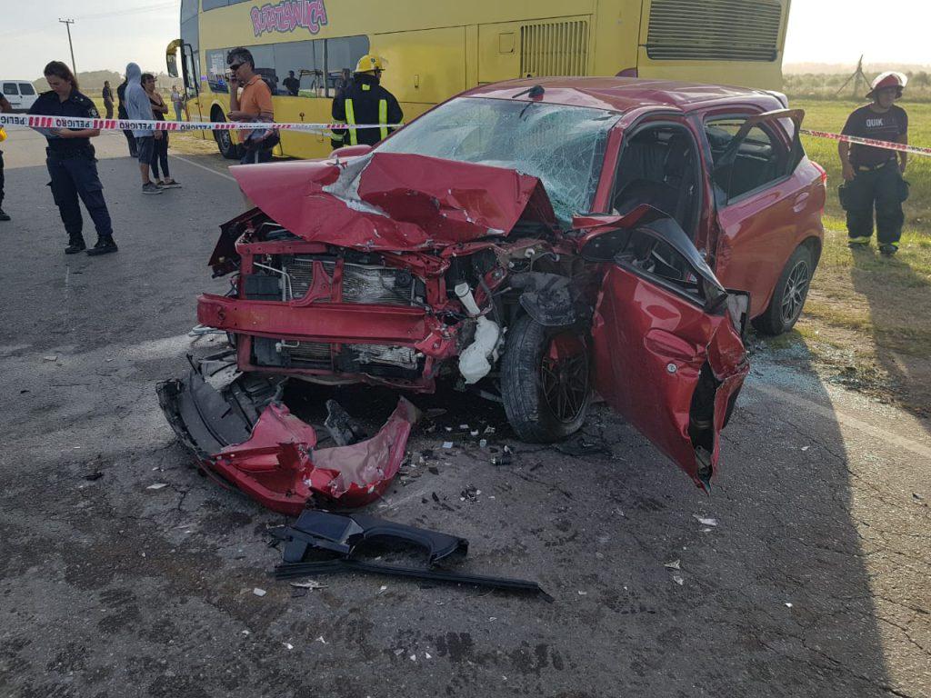 Grave accidente en la ruta 11: cuatro heridos al chocar dos