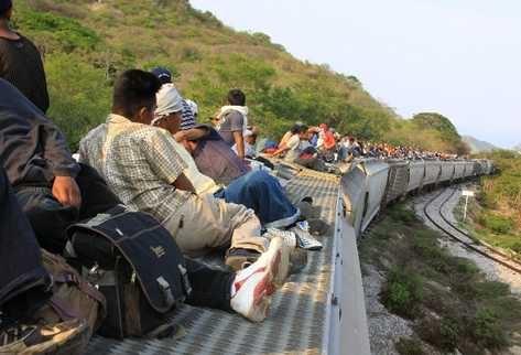 tren-carga-gente 4